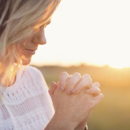 orar-mulher